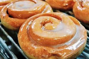 Hot Persian Donut